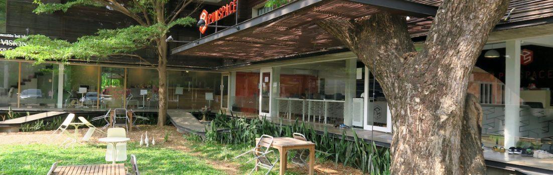 Außenansicht des Coworkingspace names Punspace in Chiang Mai Thailand